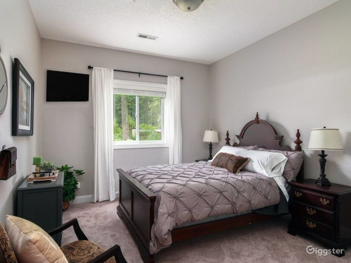 Spacious Suite on Oregon Equestrian Estate Photo 5