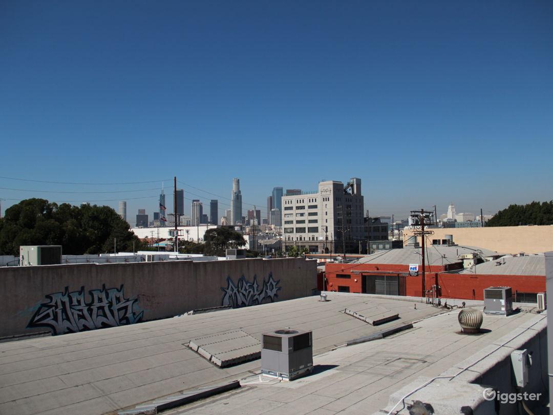 Unobstructed 360º Rooftop Views of DTLA Photo 1