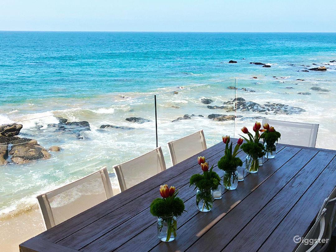 Modern Oceanfront Beach Villa Photo 4