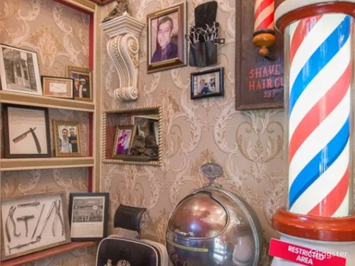 Elegant Barbershop Museum in New York City Photo 4