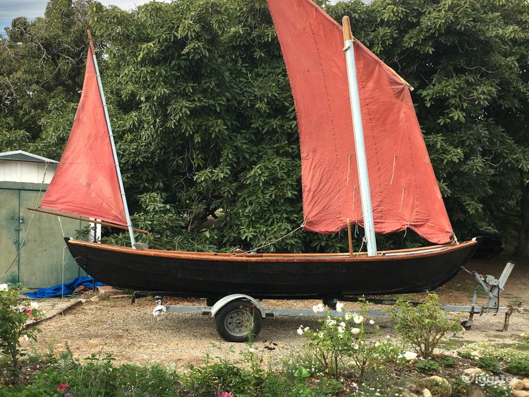 1800 Style Handmade Sail Boat Photo 2