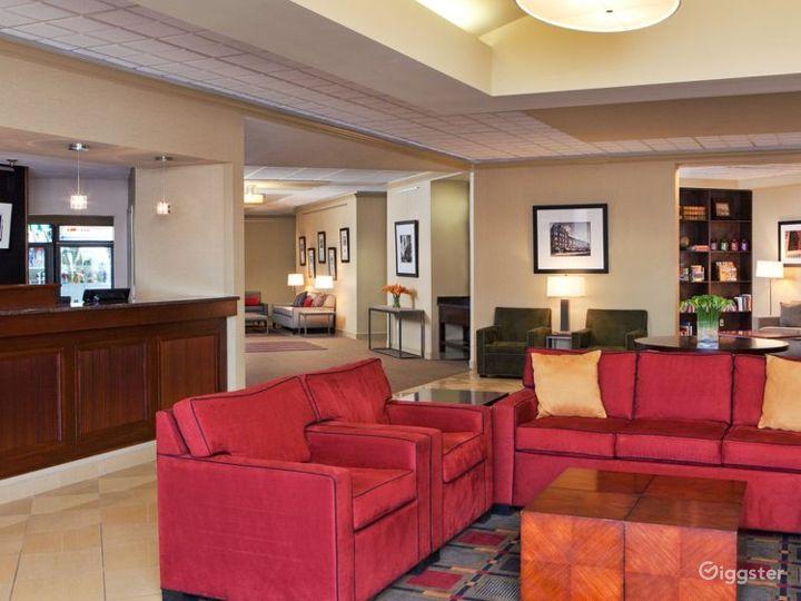 Stunning Hotel Lobby in Kalamazoo Photo 2