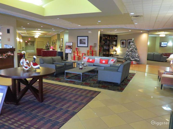 Stunning Hotel Lobby in Kalamazoo Photo 4