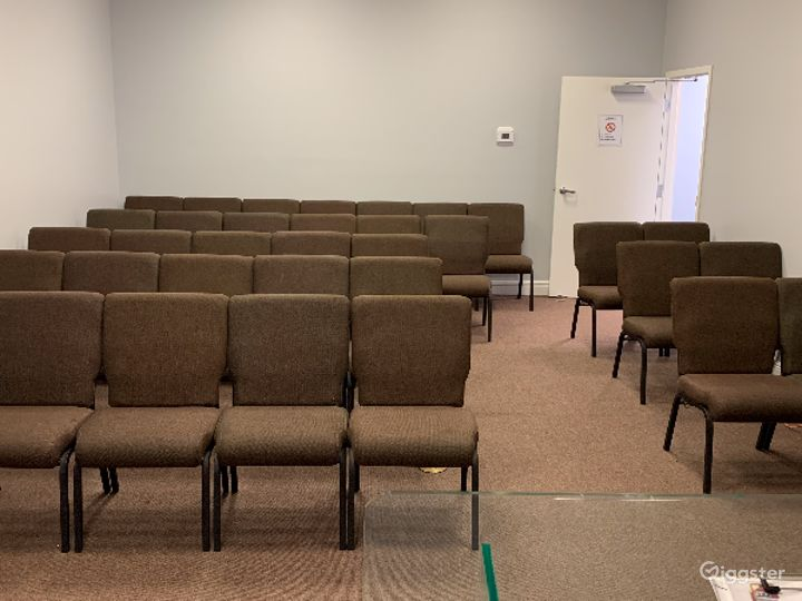 Ultramodern Conference Room Photo 2
