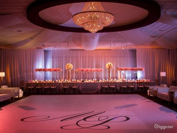 Ideal Grand Ballroom in Ohio Photo 2