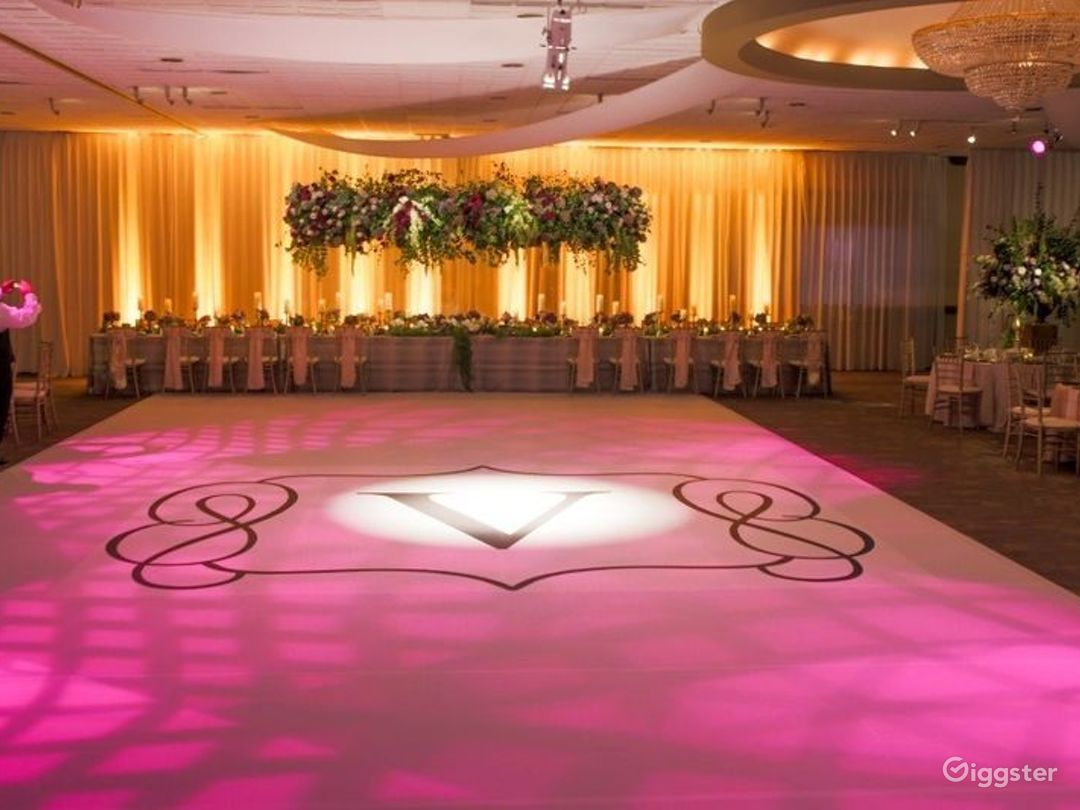 Ideal Grand Ballroom in Ohio Photo 1