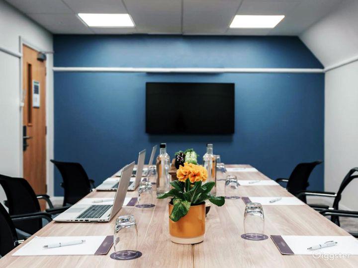 Modern Meeting Room in Dorking Photo 2