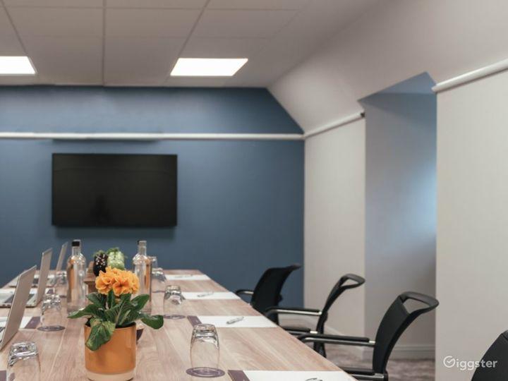 Modern Meeting Room in Dorking Photo 3