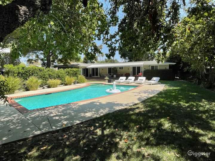 All American Mid-Century Ranch Home w/ large Yard Photo 4