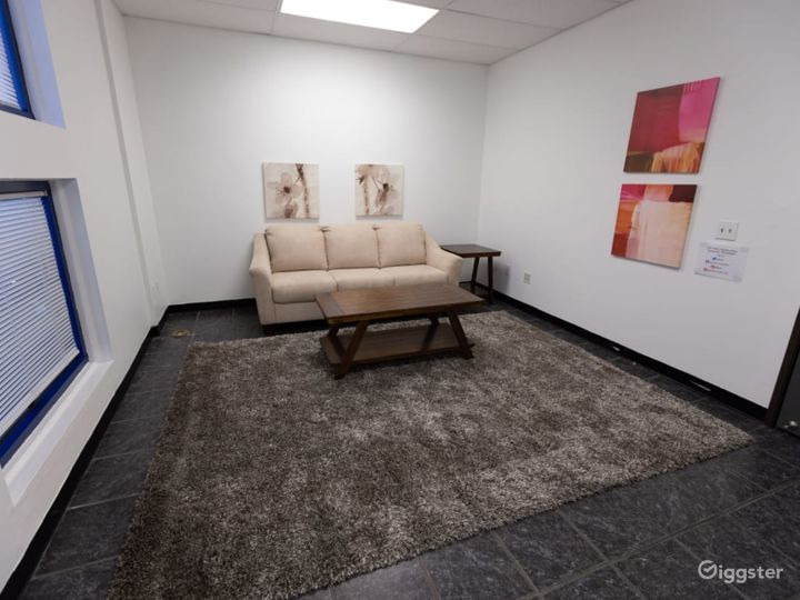 Clean, New, Freeway Close, Sound Stage with 2 Cycloramas in North Orange County  Photo 5