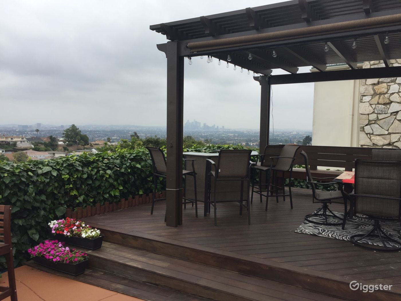 Family Home with a Clear City View near View Park-Windsor Hills Los Angeles Rental