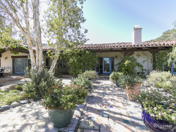 Spanish-Style Horse Ranch With View