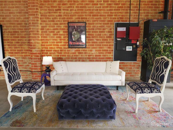 Modern Event Indoor/Outdoor Space Photo 4