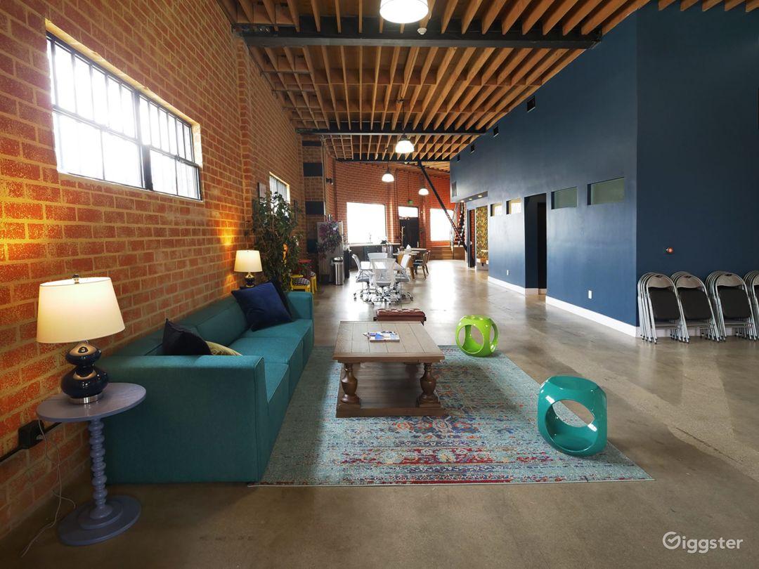 Modern Event Indoor/Outdoor Space Photo 1