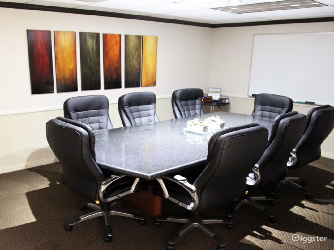 Large Conference Room in Tustin Photo 1
