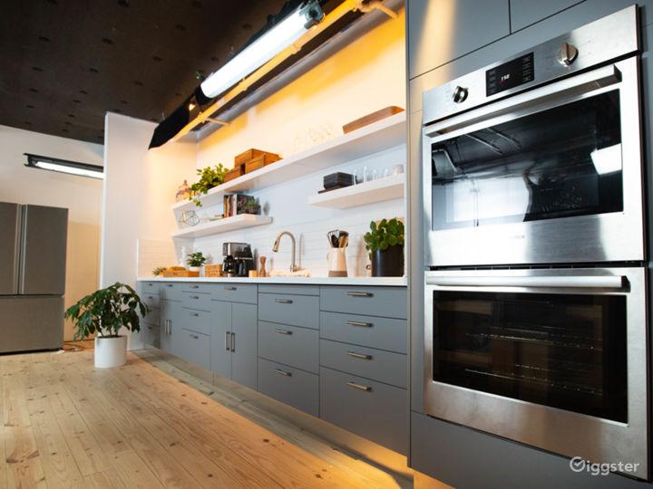Gourment Kitchen Set in the heart of Manhattan Photo 4