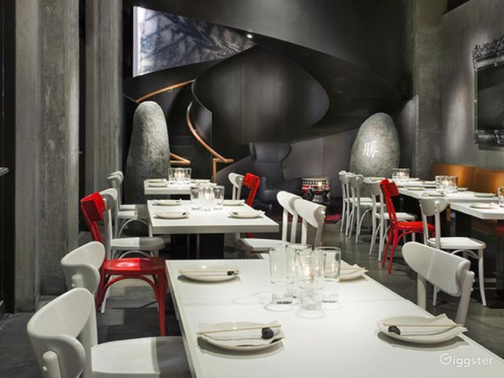 Modern and Sophisticated Restaurant in Glendale (Full Venue Buyout) Photo 2