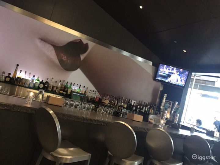 Modern and Sophisticated Restaurant in Glendale (Full Venue Buyout) Photo 4