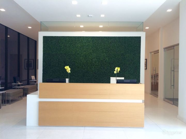 Contemporary Conference Room in Irvine Photo 4