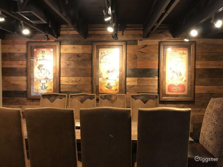 Grapevine Luxurious Meeting Room Photo 4