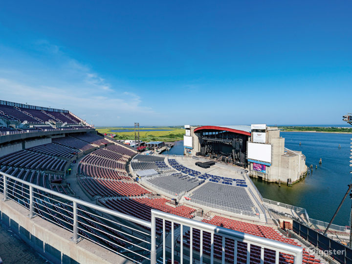 Outdoor Amphitheatre on the Bay Photo 2