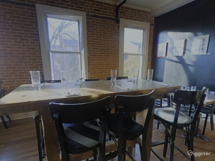 Private 2nd Floor Dining Space for Parties in Baltimore Photo 4