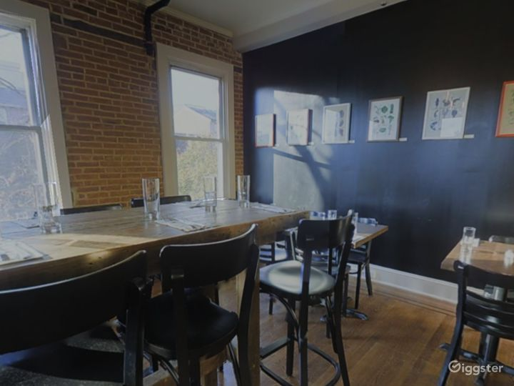 Private 2nd Floor Dining Space for Parties in Baltimore Photo 3