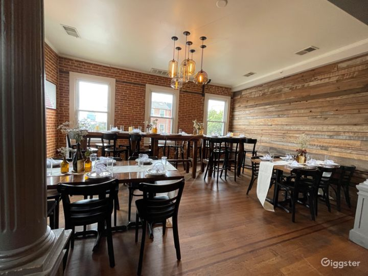 Private 2nd Floor Dining Space for Parties in Baltimore
