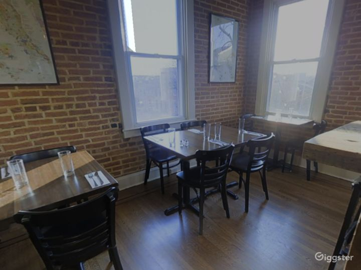 Private 2nd Floor Dining Space for Parties in Baltimore Photo 2