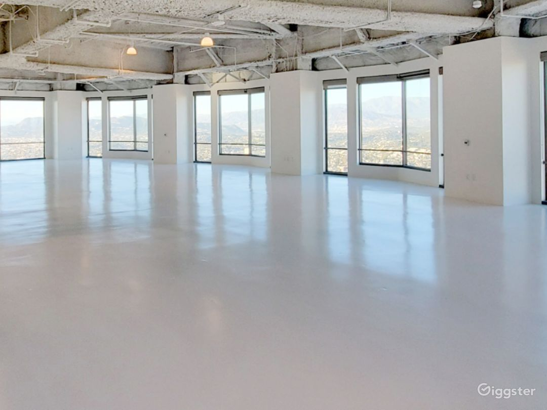 Largest Studio B, with Unparalleled Views of the Sunrise, downtown Los Angeles, and Dodgers Stadium Photo 1