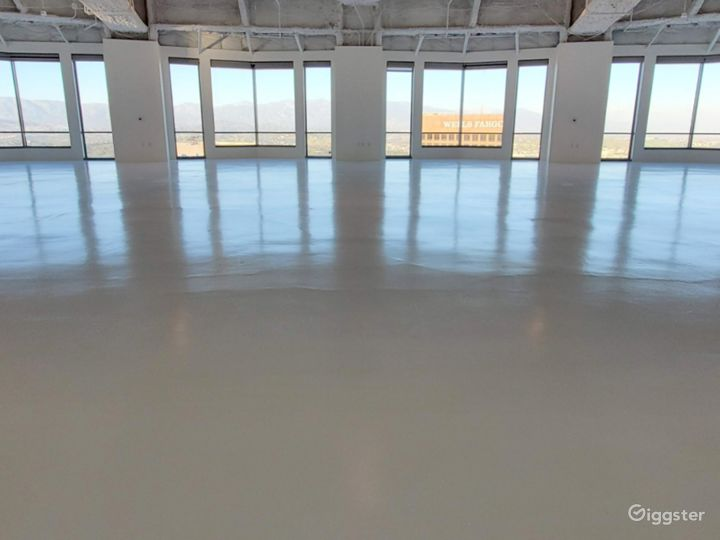 Largest Studio B, with Unparalleled Views of the Sunrise, downtown Los Angeles, and Dodgers Stadium Photo 5