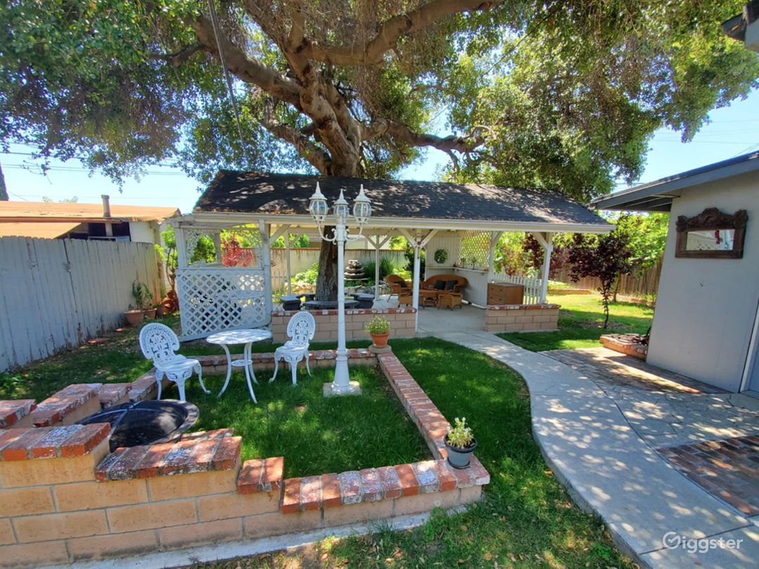 Romantic Garden & Patio for Events & Productions Photo 1