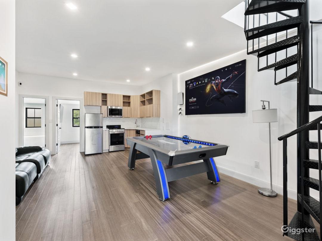 2 APARTMENTS [3BR+Penthouse Suite] Photo 1