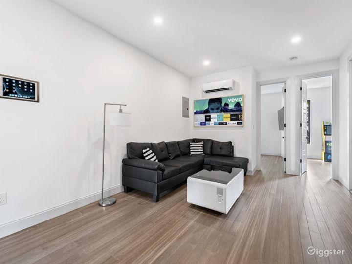 2 APARTMENTS [3BR+Penthouse Suite] Photo 5