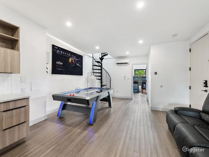 2 APARTMENTS [3BR+Penthouse Suite] Photo 4