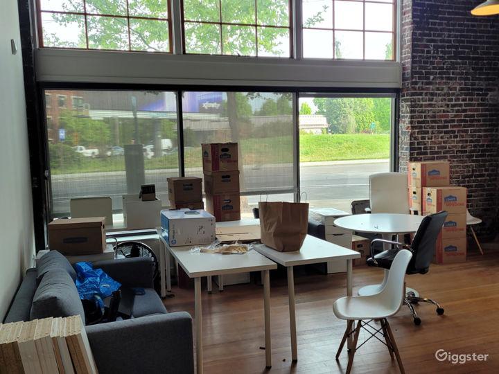 Bright Mezzanine Suite Photo 5