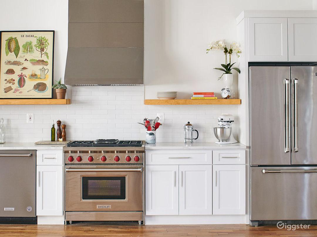 Stylish Kitchen Loft w/ Living & Dining Area Photo 1