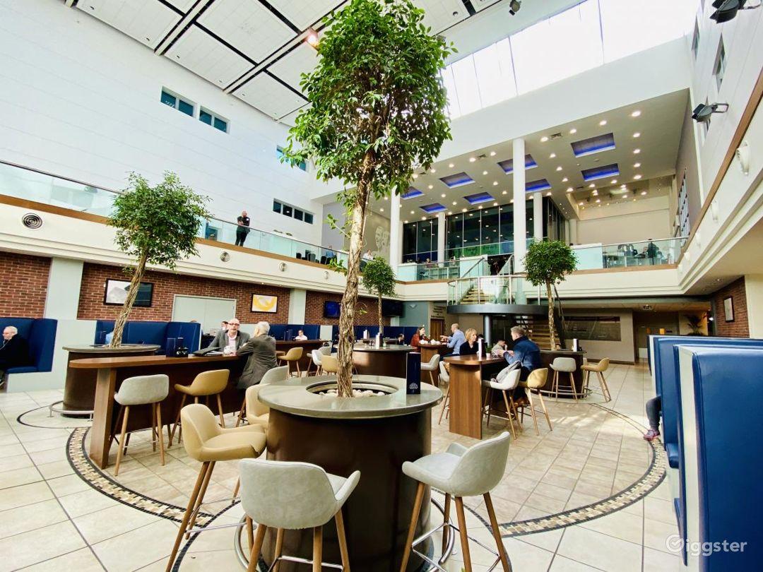 Attractive Atrium Bar in Reading Photo 1