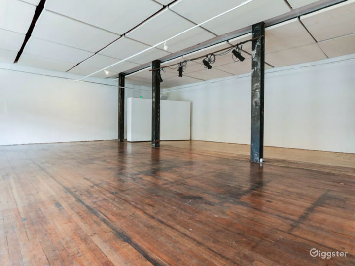Flexible Art Space in Historic Building Photo 3