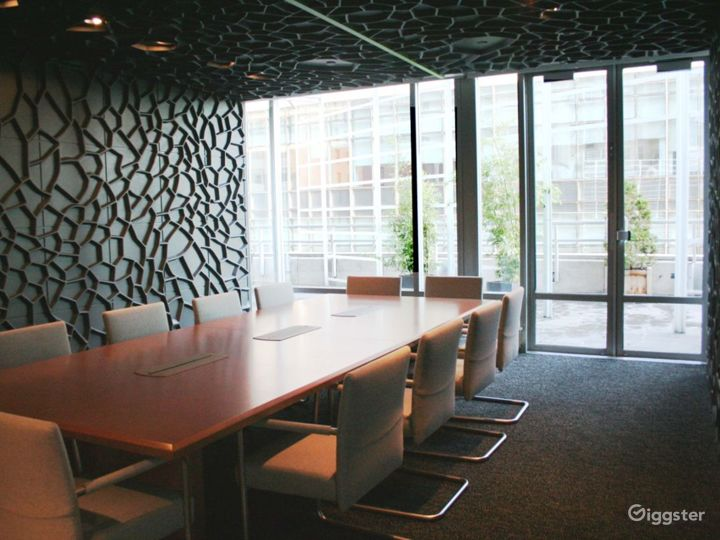 Office furniture showroom: Location 4091 Photo 2