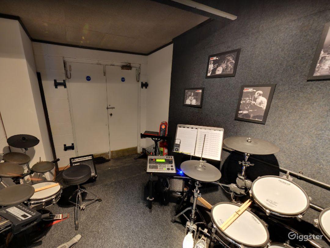 Music Room 9 in Birmingham Photo 1