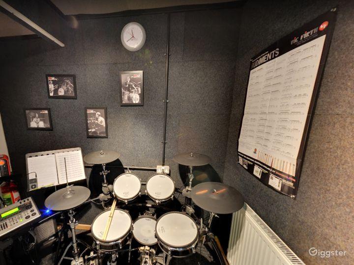 Music Room 9 in Birmingham Photo 5