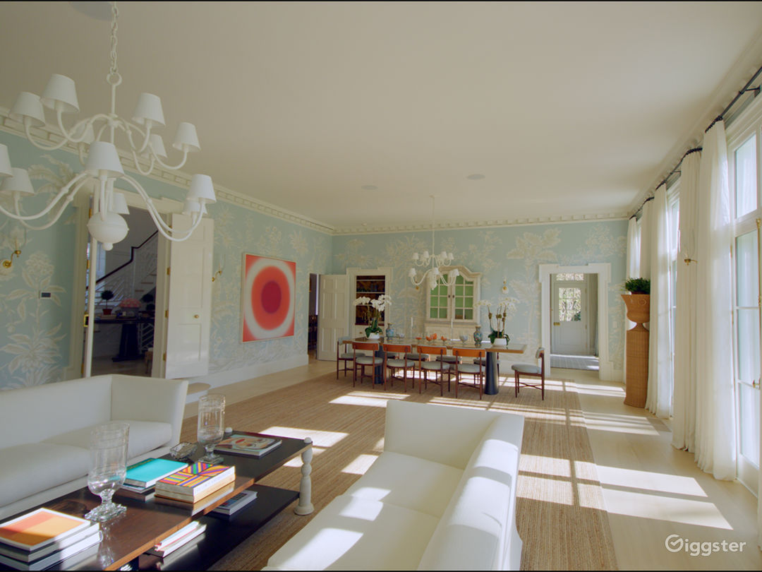 Grand Mansion in East Hampton NY Photo 4