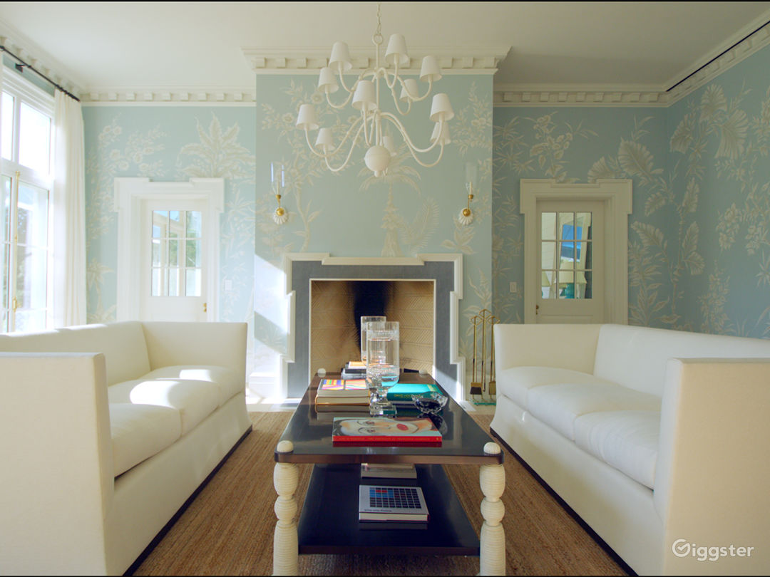 Grand Mansion in East Hampton NY Photo 3
