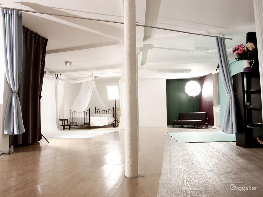 The studio, HG Photo 1
