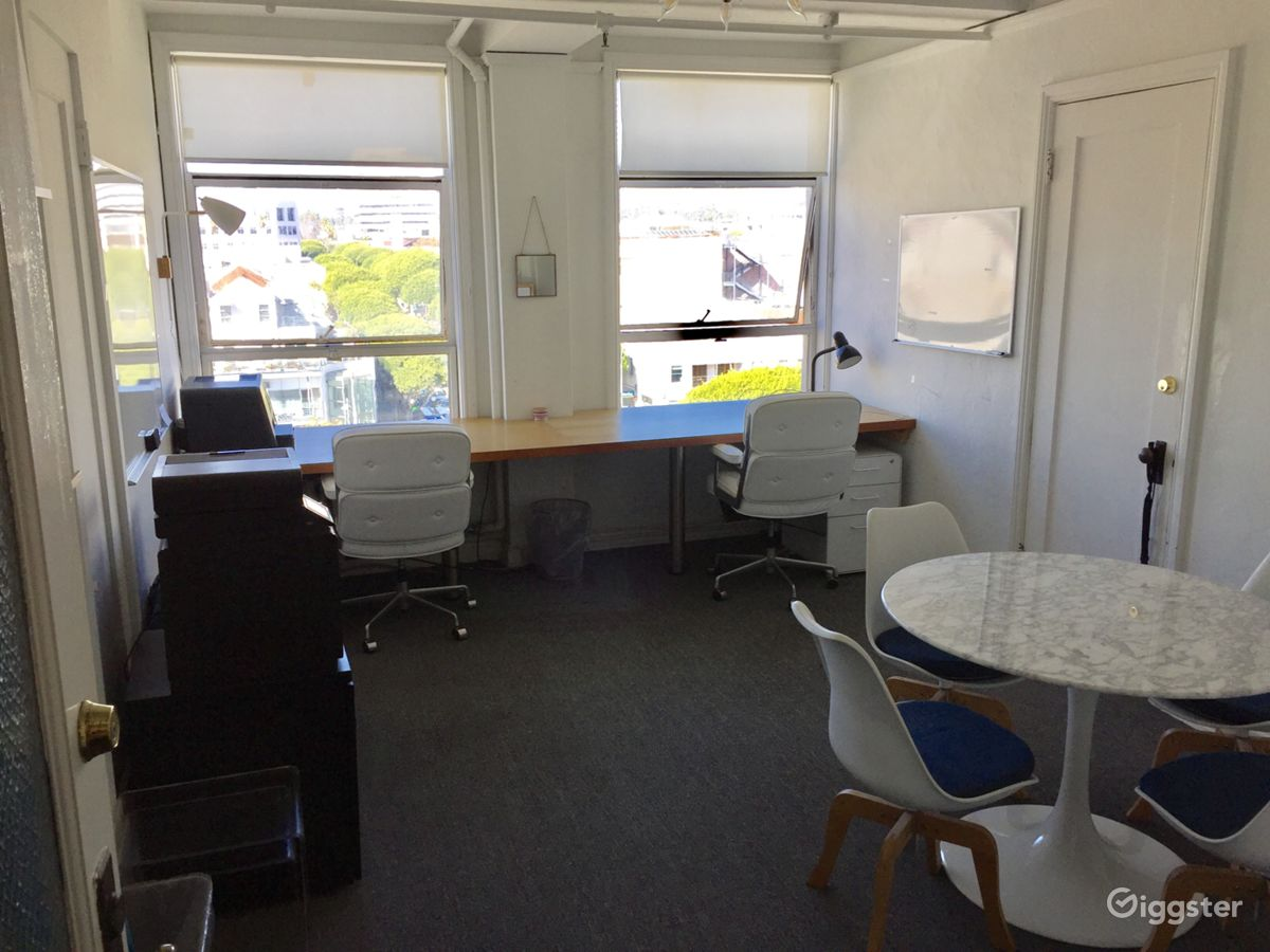 Rent The Office(commercial) Small Office Space With Santa Monica View For  Filming/