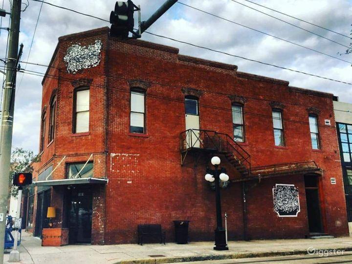 Tampa's Best Kept Secret  Bar &Music Venue Photo 2