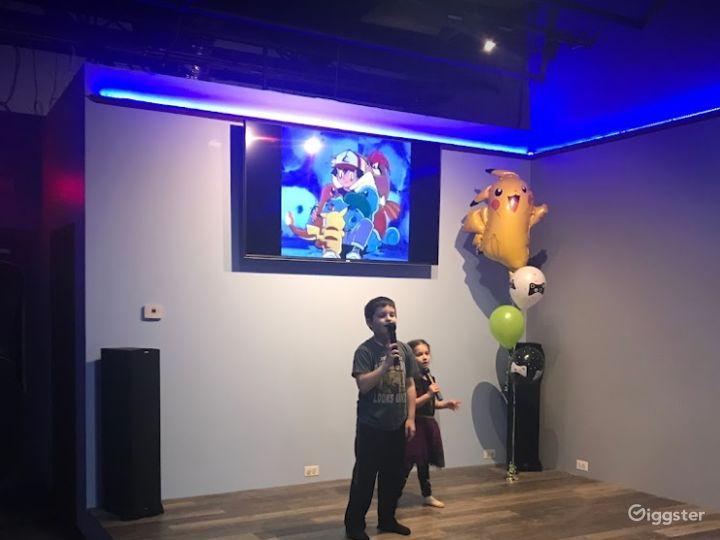Enjoyable Hang-Out Spot Karaoke / Dance Area Photo 2