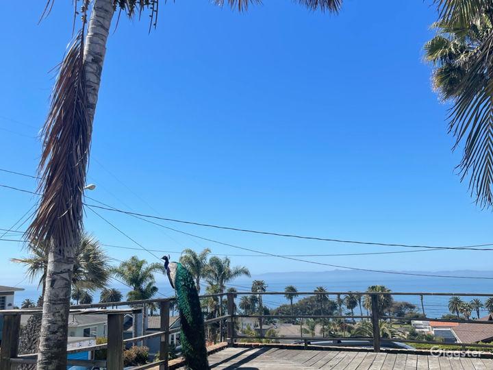 Amazing Ocean view on 2 outdoor decks Photo 5