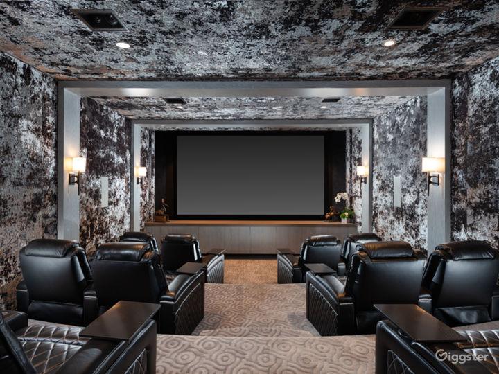 Private Movie Theatre Photo 2